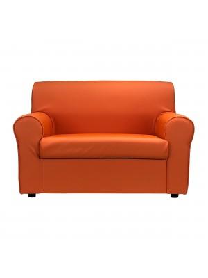 Fronte di un divano 2 posti imbottito con braccioli artigianale in ecopelle arancione Totò Piccinni