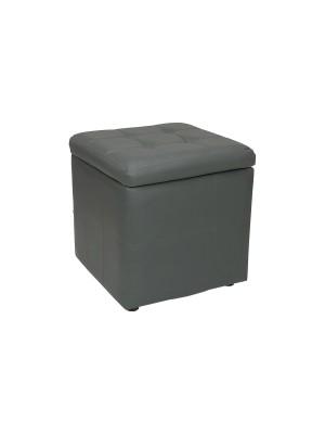 Vista diagonale di un pouf piccolo imbottito con contentitore in ecopelle grigio chiuso Totò Piccinni