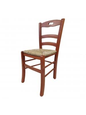 Vista diagonale di una sedia legno paesana Loire artigianale colore ciliegio Totò Piccinni