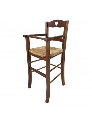 Vista diagonale di un seggiolone bimbo in legno artigianale colore noce Totò Piccinni