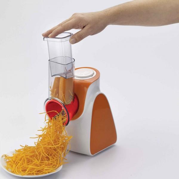 Spaghetti di verdure julienne realizzati con un affetta verdure elettrico Ariete Saladino