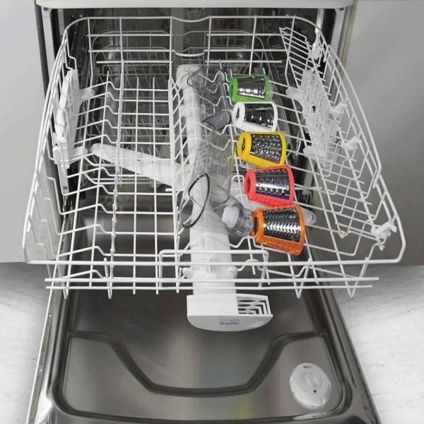 Accessori completamente lavabili in lavastoviglie di un affetta verdure elettrico Ariete Saladino