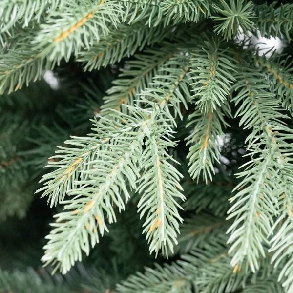 Rami e foglie verdi di un albero di natale foltissimo con effetto real touch Kennedy Xone